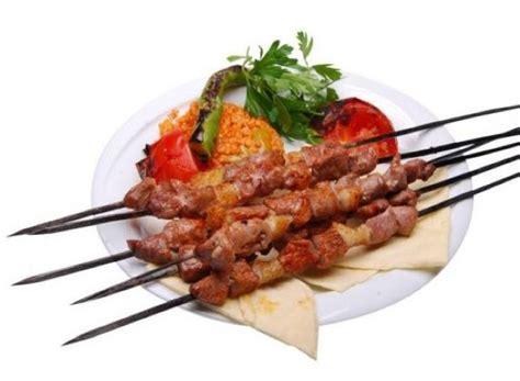 cop sis kebabi tarifi resimli yemek tarifleri cop sis kebabi kuzu 231 246 p şiş yemek tarifi