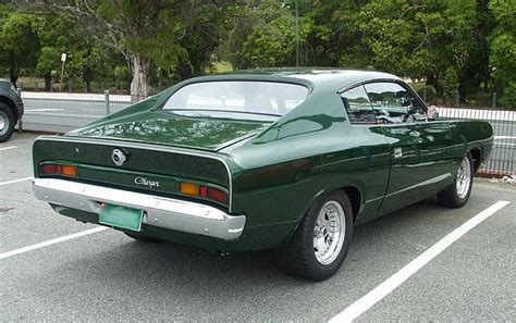 vh valiant charger   hemi day