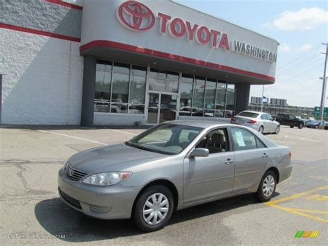 green opal car 2006 mineral green opal toyota camry le 64611639