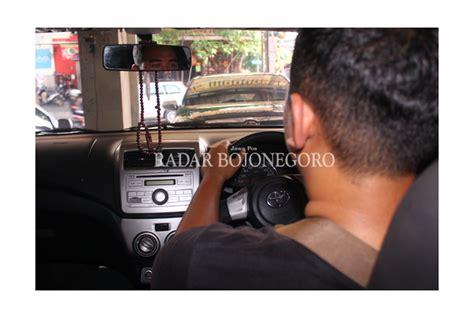 prospek cerah bisnis taksi   bojonegoro