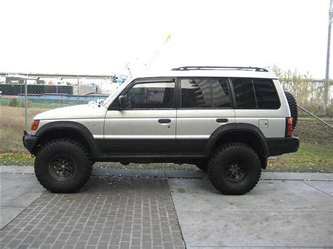 lifted mitsubishi mitsubishi montero lifted car interior design