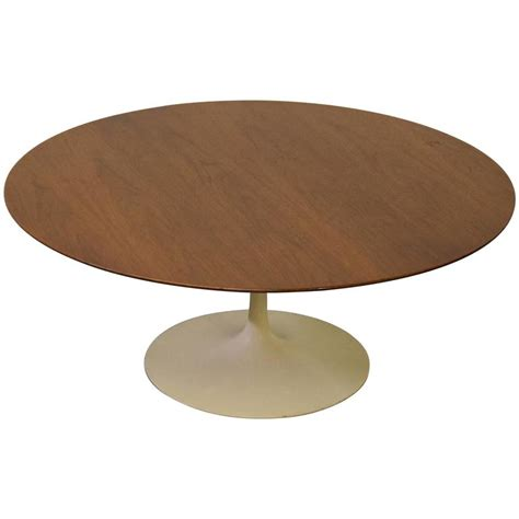 Knoll Walnut Tulip Coffee Table By Eero Saarinen For Sale Tulip Coffee Table
