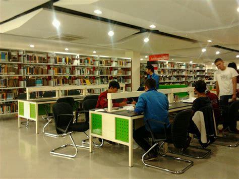 Meja Untuk Perpustakaan interior perpustakaan klub pustakawan