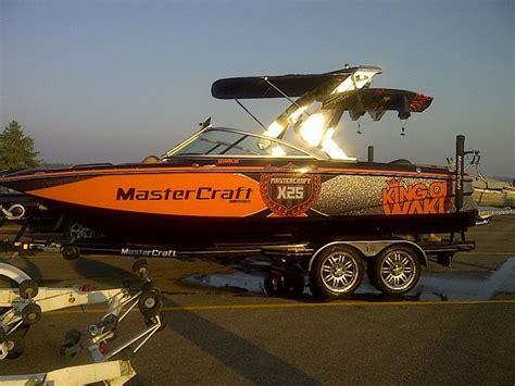 orange boat fresh noob looking for black orange boats teamtalk