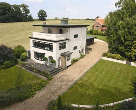 houses to buy in lincolnshire for sale the house that jack built 1930s art deco house in louth lincolnshire