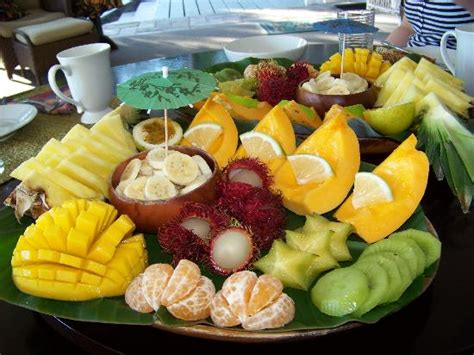 Bed And Breakfast Hilo Breakfast Fruit Platter Picture Of Orchid Tree Bed And
