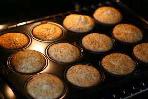 file cranberry mohn muffins in baking tray jpg wikimedia