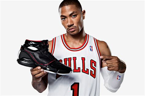 biography about derrick rose all about sports derrick rose basketball player profile