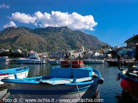 porto forio d ischia ischia it isola con vista
