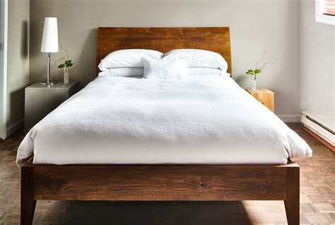 bedroom cleaning tips how to clean your bedroom the maids cleaning hacks