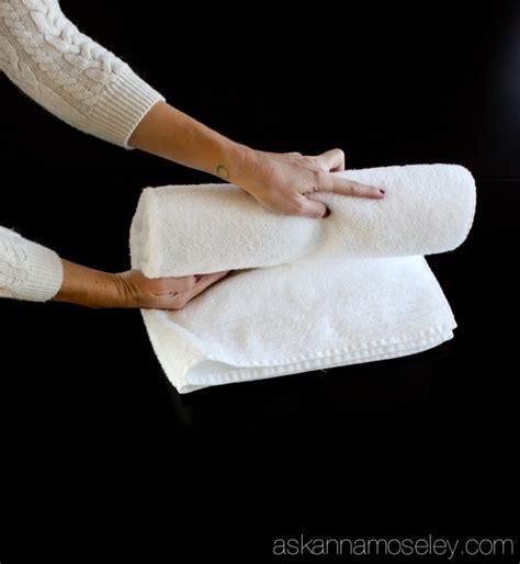best 25 folding bath towels ideas on folding