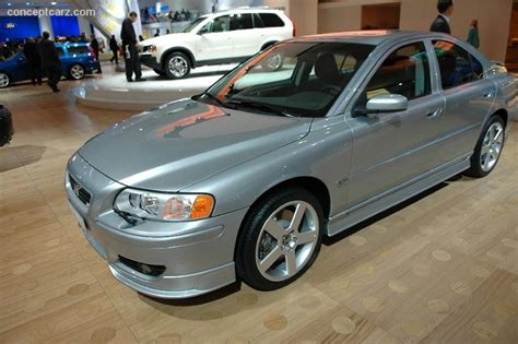 2006 Volvo S60 R Image. https://www.conceptcarz.com/images/Volvo/volvo S60R DV 06 DAS 03