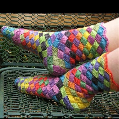 diy rainbow knitted socks tutorial rainbow patch knitted socks idea diy socks knit socks and knit crochet