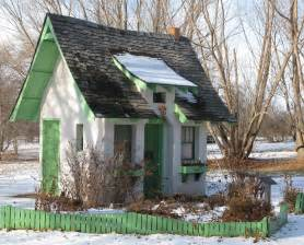 tiny house wheels plans free images small cottages design stunning online