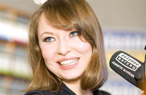 Antenne Bayern De Musterbrief Quot Radio Quot Aus N 252 Rnberg Ist Und Moderatorin Antenne Bayern