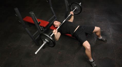 flared elbows bench press technical tips for a bigger bench press muscle fitness