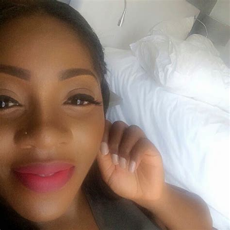 i have chubby cheeks and a large nose what kind of hairstyle should i wear tiwa savage shares adorable selfie says her nose is now