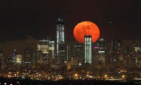 moon house nyc a sublime super moon over new york city all that is interesting