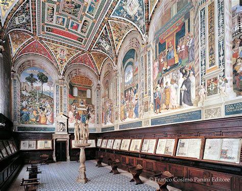 siena libreria piccolomini duomo di siena capolavoro dell architettura gotica in
