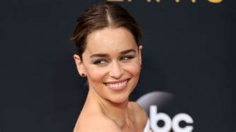 emilia clarke emilia clarke women in hollywood are treated differently variety