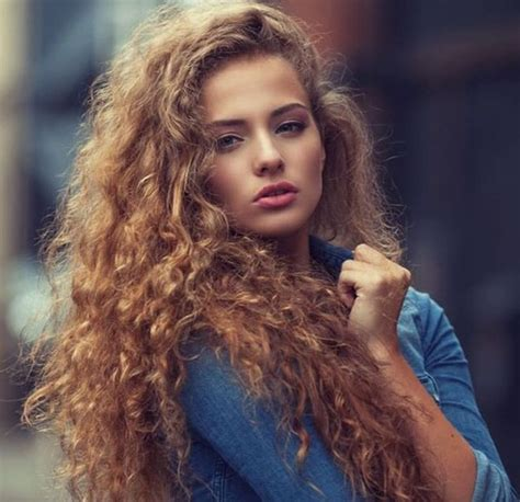 women with light skin and curly hair who is she image 3952710 by marine21 on favim com