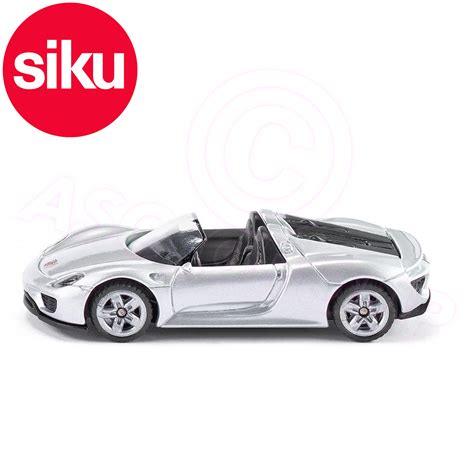 porsche sports car models siku no 1475 porsche 918 spyder convertible sports car
