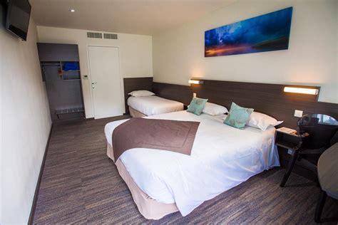chambre hotel 4 personnes chambre standard 3 4 pers les chambres de l h 244 tel 224