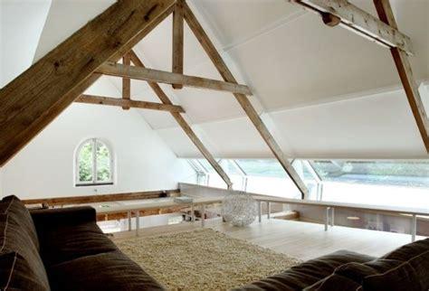 scheunenausbau wohnraum rustikales ambiente design haus balken fenster 214 ffnungen