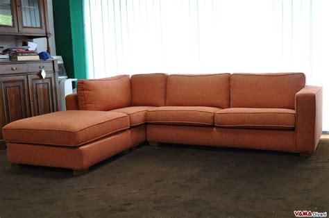 divani angolari tessuto divano angolare in tessuto arancione in offerta occasione