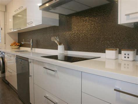 como lograr mas amplitud visual en la cocina cocinas