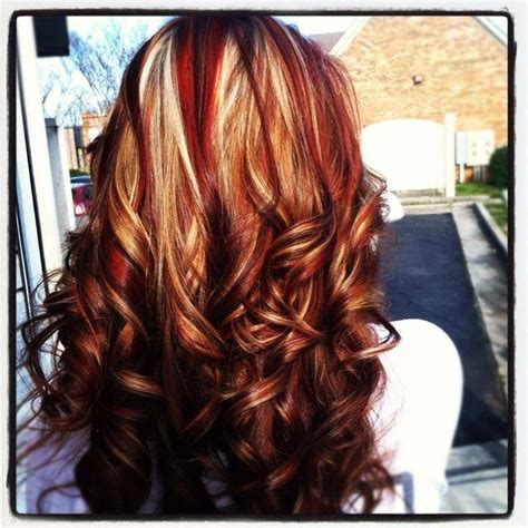 Gorgeous Tricolor Highlight Lowlight Pieced Haircolor It S All About The Hair And Gold Highlights Hair And Make Up Highlights Inspiration And Rocks