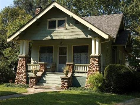 Arts And Crafts Style Home | craftsman and bungalow style homes craftsman style home