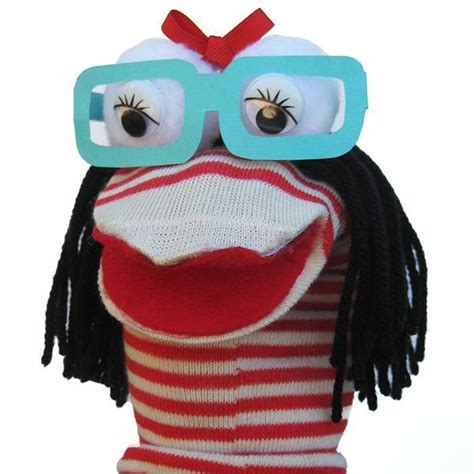 easy sock puppets simple sock puppet www imgkid the image kid has it