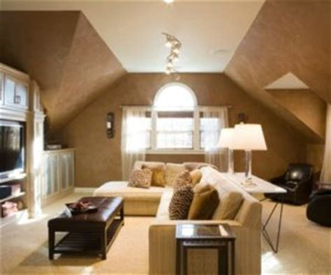 decorate  living room  high ceilings