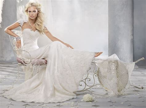 hochzeitskleid nach hochzeit hochzeitskleider nach stoff ausw 228 hlen persunkleid