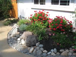 Landscaping Ideas Low Cost Low Cost Low Maintenance Landscaping Ideas Triyaecom Ud