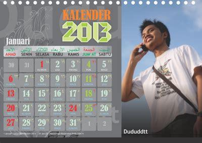 Harga Pasaran Me 25 templet kalender meja 2013 siap pakai gratis free