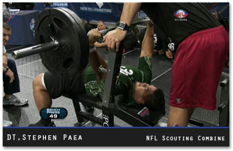 bench press nfl combine nfl combine stephen paea breaks combine bench press record