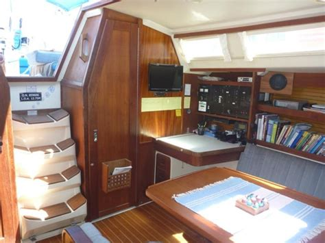 image gallery sailboat cabin