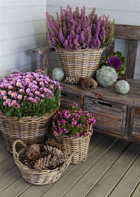 cestas decoracion cestas de mimbre para decorar decoraci 243 n con canastos de