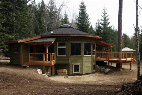 Jetson Green   Efficient Round Prefab in British Columbia