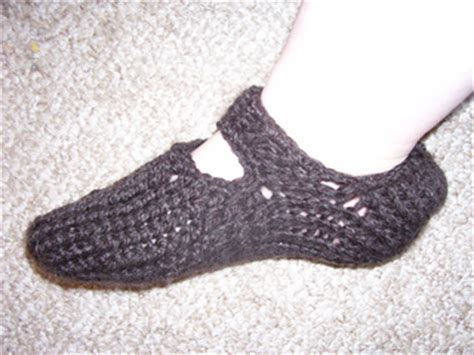 ravelry slipper socks on the knifty knitter loom pattern ravelry loom knit slippers pattern by nadine borovicka