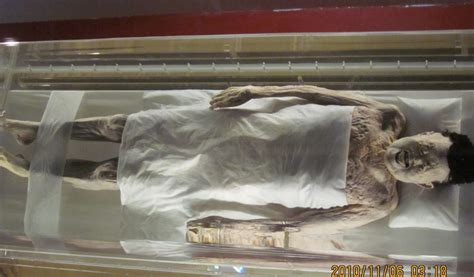 famous people dead bodies 10 famous dead body you can actually visit the russophile