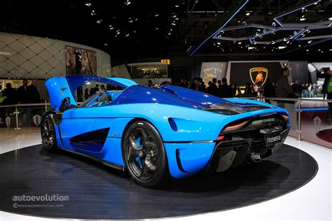 agera koenigsegg key koenigsegg confirms agera rs replacement for 2019 geneva