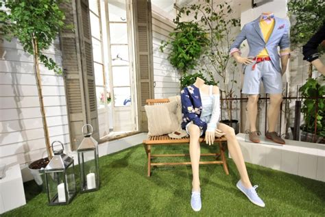 glamshops visual merchandising shop reviews bread - Gant Berlin