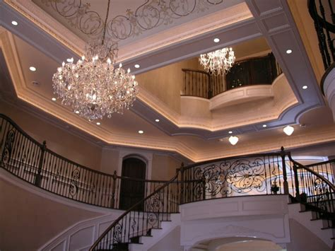 detailed foyer ceiling