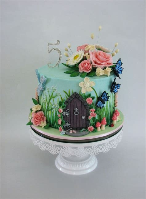 garden themed cake decorations best 25 enchanted forest cake ideas on forest