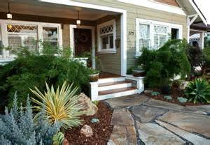 like these steps up to front porch landscape ideas pinterest
