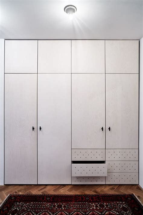 Plywood Wardrobe by 17 Best Images About Sein On Wardrobes Pocket
