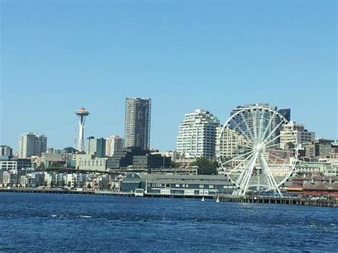 Seattle Ferries   Your Getaway Gateway   Space Needle News